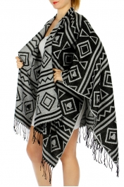 Wholesale O44 Aztec cape ruana Black/White