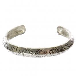 Wholesale WA00 Quatrefoil pattern metal bangle AS