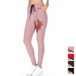 Wholesale B09C Floral patched slim jogger