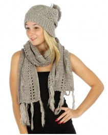 Wholesale Q56 Pompom knit beanie and scarf set Grey
