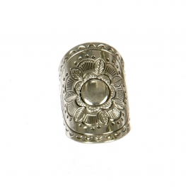 Wholesale M11D Flower Engraved Wide Ring AS