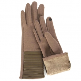 Wholesale O29A Smartphone friendly medium length faux leather gloves BE