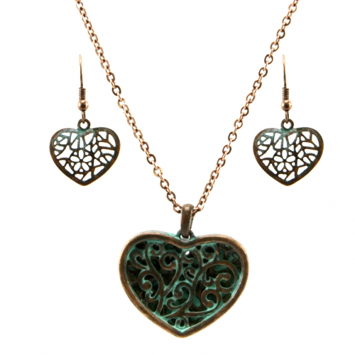 Wholesale L32 Cutout metal heart necklace set OG