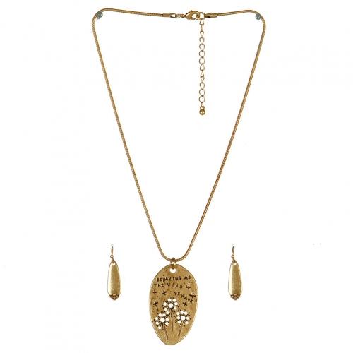 Wholesale M11A Stone Featured Pendant Necklace Set GB