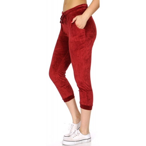 Wholesale O49B Solid drawstring velour capri jogger Black