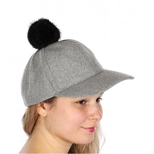 Wholesale U30A Warm cap w/ black fur pompom Black